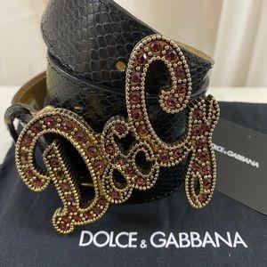 🆕 Dolce and Gabbana  gorgeous Belt 😍